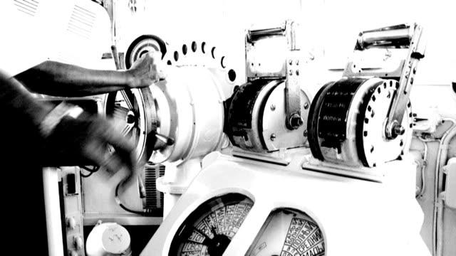 ster i silnika telegraph - ster fragment pojazdu filmów i materiałów b-roll