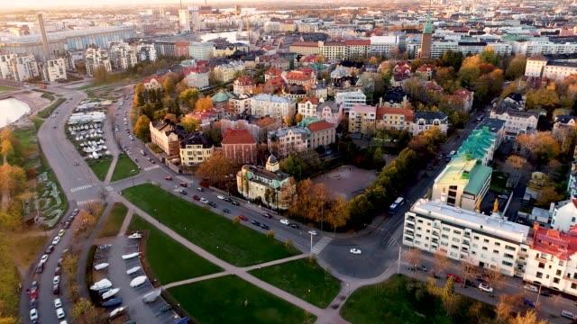 helsingfors flygfoto. flygfoto av helsingfors stad. finland - drone helsinki bildbanksvideor och videomaterial från bakom kulisserna