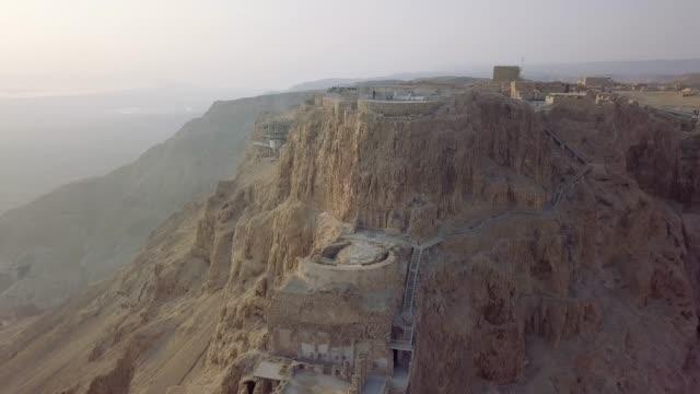 herods palace from the drone - obiekt światowego dziedzictwa unesco filmów i materiałów b-roll