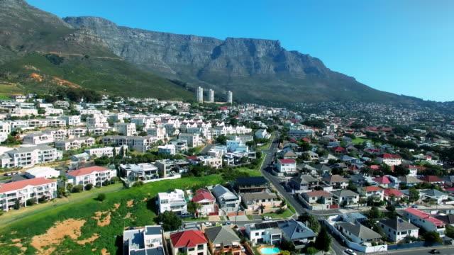 högt över kapstaden - south africa bildbanksvideor och videomaterial från bakom kulisserna