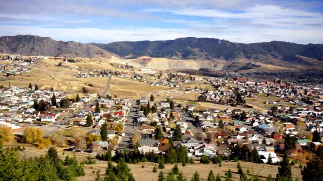 high angle overlook walkerville montana downtown usa vereinigte staaten - gold waschen stock-videos und b-roll-filmmaterial