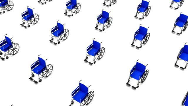 De alto ángulo de una silla de ruedas, le ofrecen una gran cantidad de sillas de ruedas - vídeo