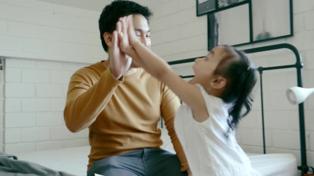 high five, my girl - two students together asian video stock e b–roll