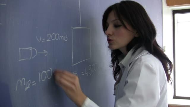 High school Physik class – Video