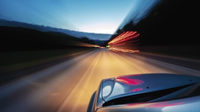 長時間露光光ストリークを持つ高速POV駆動タイムラプス ビデオ