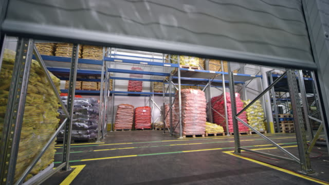 CS High speed PVC rolling doors opening in a warehouse video