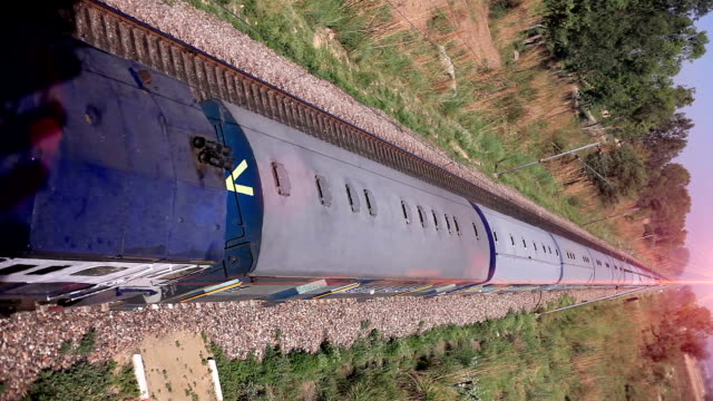 high speed train moving forward - intercity filmów i materiałów b-roll