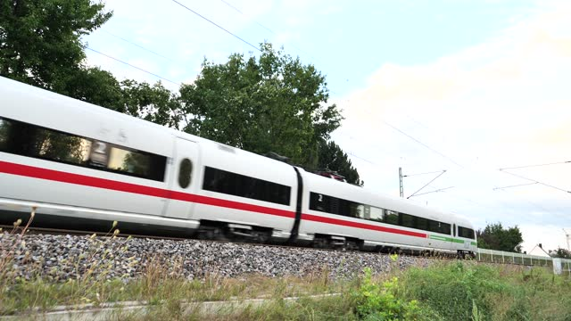 ice, high speed train - intercity filmów i materiałów b-roll