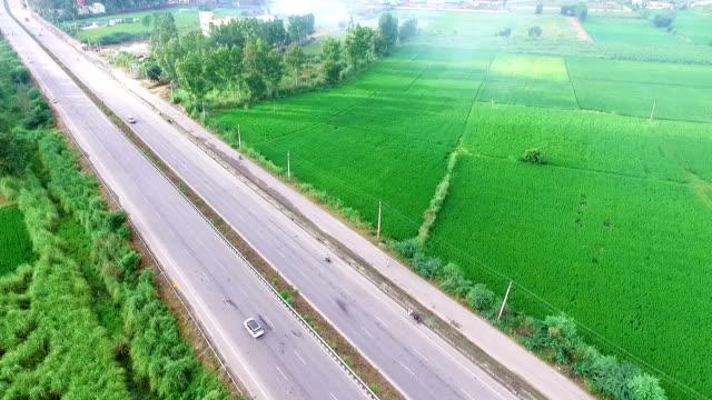 highway elevated view - харьяна стоковые видео и кадры b-roll