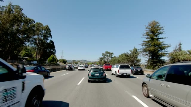 sfハイウェイiv同期シリーズフロントビュー駆動プロセスプレート - 渋滞点の映像素材/bロール