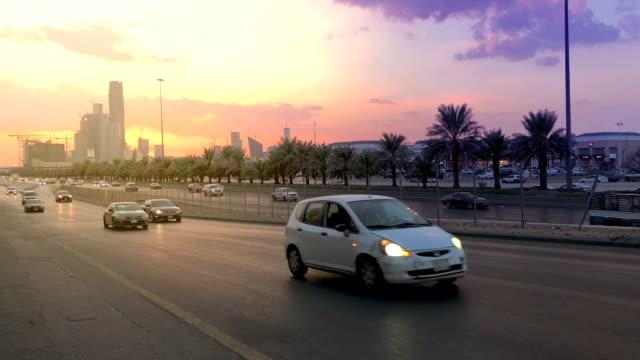stockvideo's en b-roll-footage met snelweg van riyad - riyad