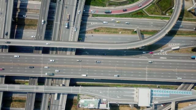 highway road antenn utsikt - viadukt bildbanksvideor och videomaterial från bakom kulisserna