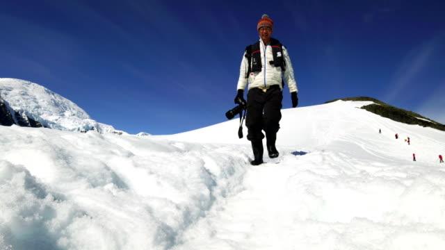 Wandern Sie in Schneeberg, Antarktis – Video
