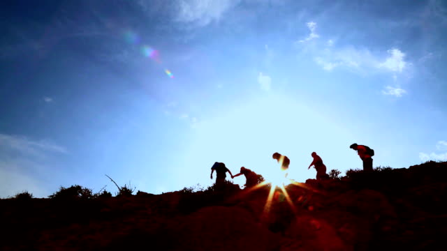 hiking al tramonto - monti appalachi video stock e b–roll