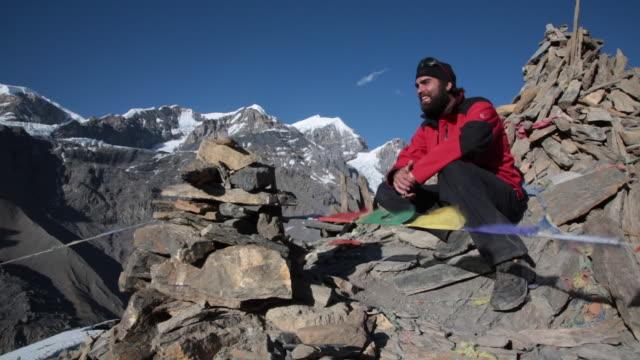 アンナプルナ地域、ネパールのモンタージュでトレッキング ハイキング - ネパール点の映像素材/bロール