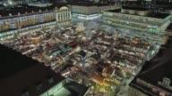 istock Historic German Christmas Market Striezelmarkt Dresden 4K 1097142320