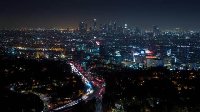 hollywood och los angeles på natt timelapse - hollywood sign bildbanksvideor och videomaterial från bakom kulisserna