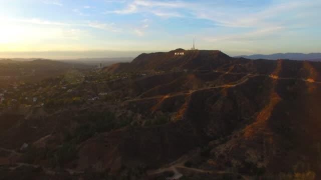 mer från hollywood hills - hollywood sign bildbanksvideor och videomaterial från bakom kulisserna
