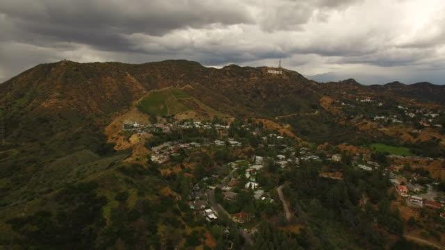 hollywood-skylten-antenn - hollywood sign bildbanksvideor och videomaterial från bakom kulisserna