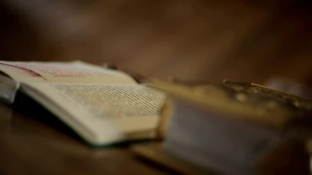 holy bible in christian church - duntäcke bildbanksvideor och videomaterial från bakom kulisserna