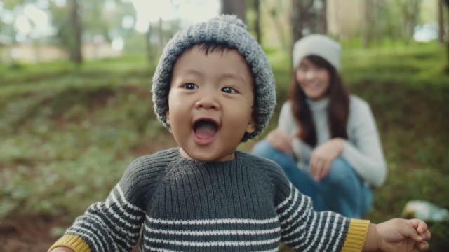 ev - çocuk bayramı stok videoları ve detay görüntü çekimi