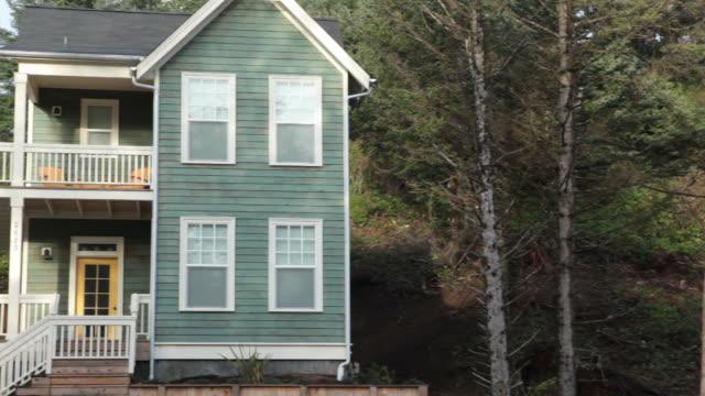 Home exterior, pan left video
