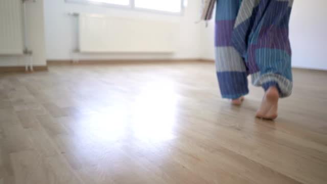 Home Yoga video