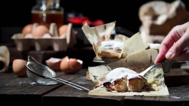 Muffins de ciruela casera - vídeo