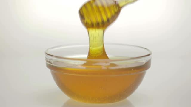 Honey flowing video