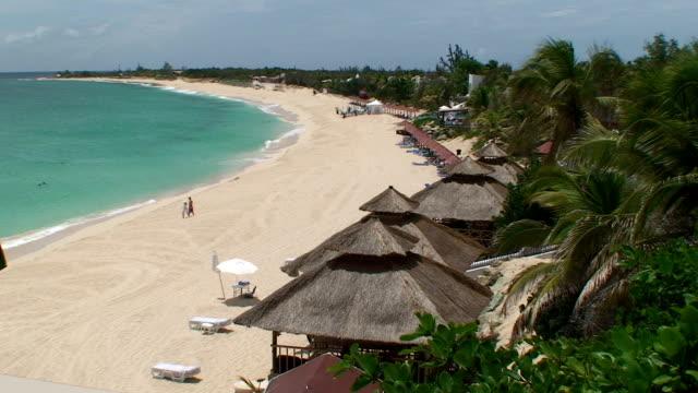 Honeymoon Beach Resort video