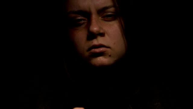vídeos y material grabado en eventos de stock de mujer desesperada pidiendo ayuda, persona sin hogar buscando refugio - human trafficking