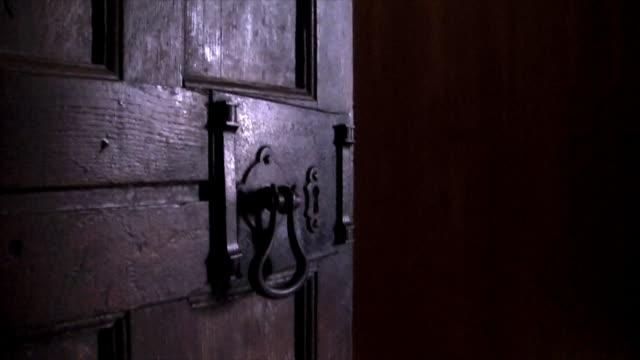 horror halloween elementi clip - gargoyle video stock e b–roll