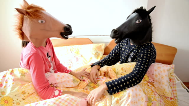 horse head mask - testa video stock e b–roll