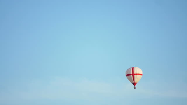 Hot air balloon in the sky video
