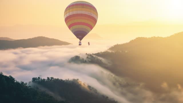 sıcak hava balonu - balon stok videoları ve detay görüntü çekimi