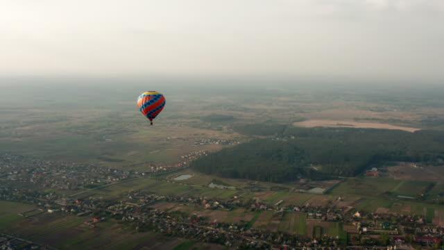 hot air balloon - vivid 4k video stock videos & royalty-free footage