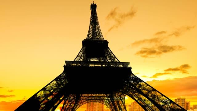 hot sunset on Eiffel Tower
