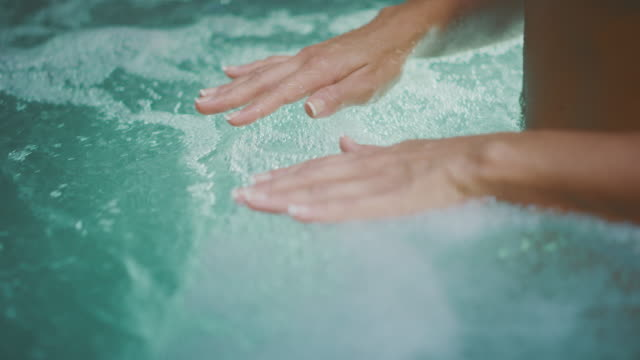 Hot tub bliss hands