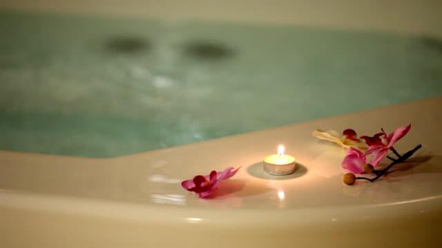vídeos y material grabado en eventos de stock de jacuzzi (hd - tratamiento de spa