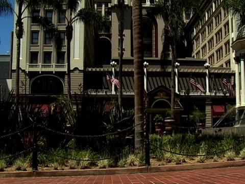 vidéos et rushes de hôtel en californie - angiosperme