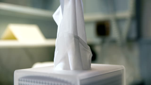Hotel tissue kleenex slowmotion