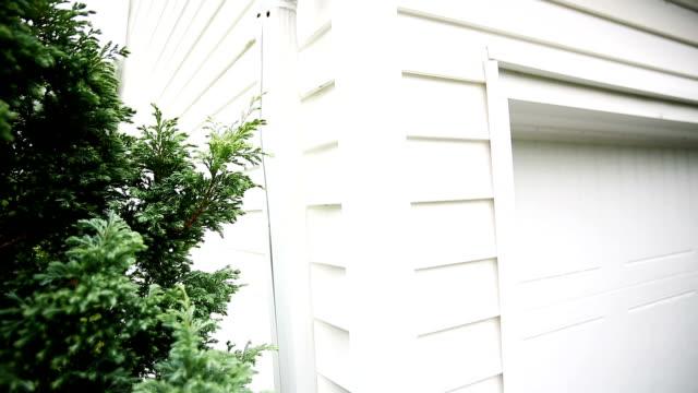 House Gutter Side video
