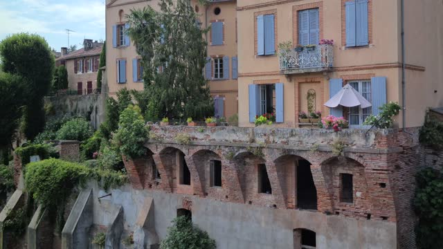 Houses Perched Above Tarn Beautiful Old Houses Perched Above Tarn River In Albi, South Of France, Occitanie, Europe french architecture stock videos & royalty-free footage