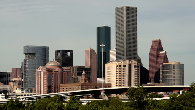 houston skyline southern texas big city downtown metropolis - 全景 個影片檔及 b 捲影像