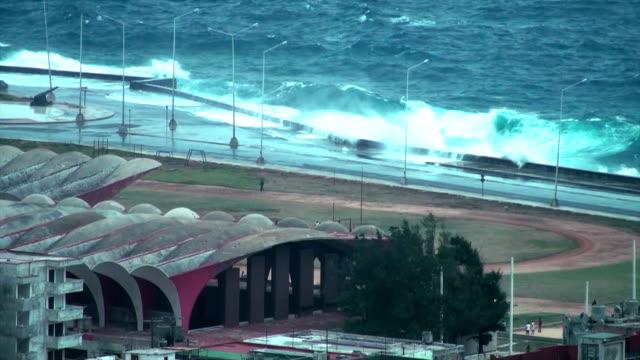 Huge waves crashing in video