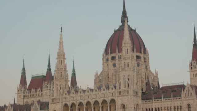 hungarian parliament building timelapse - gothic architecture stock videos & royalty-free footage
