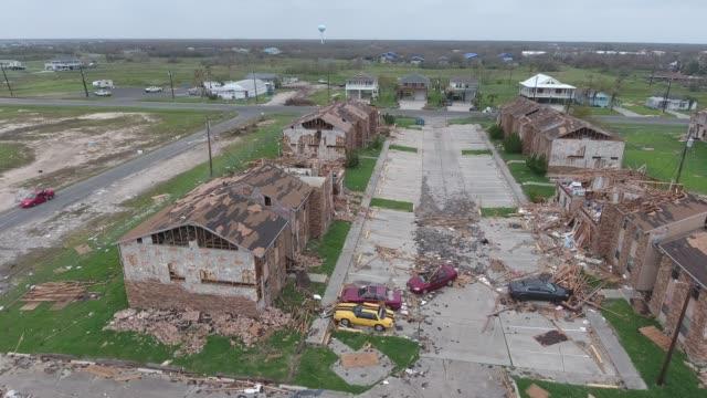 hurricane harvey tx 2017 drone footage of rockport texas - сила природы стоковые видео и кадры b-roll