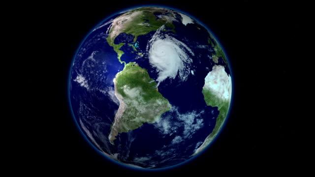 ураган storm, вид со спутника. элементы этого изображения оформлены наса, - golden ratio стоковые видео и кадры b-roll
