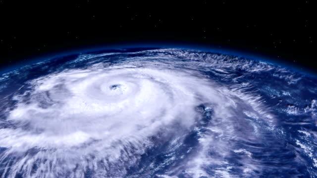 颶風暴雨龍捲風在地面以上,來自太空的衛星視圖。 - golden ratio 個影片檔及 b 捲影像