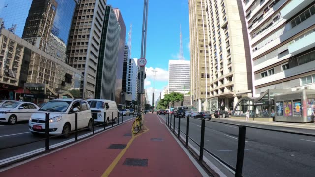 hyper lapse of paulista avenue in sao paulo - são paulo video stock e b–roll
